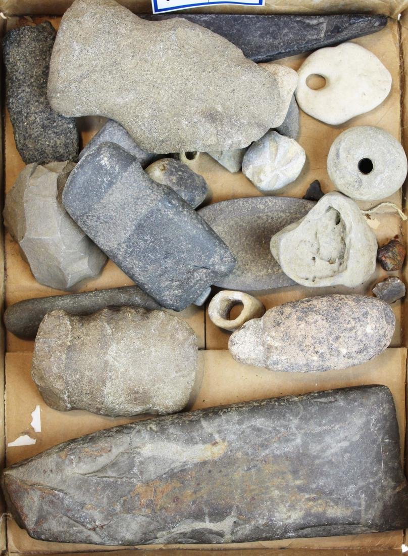 Prehistoric Native American lithic artifacts - 2