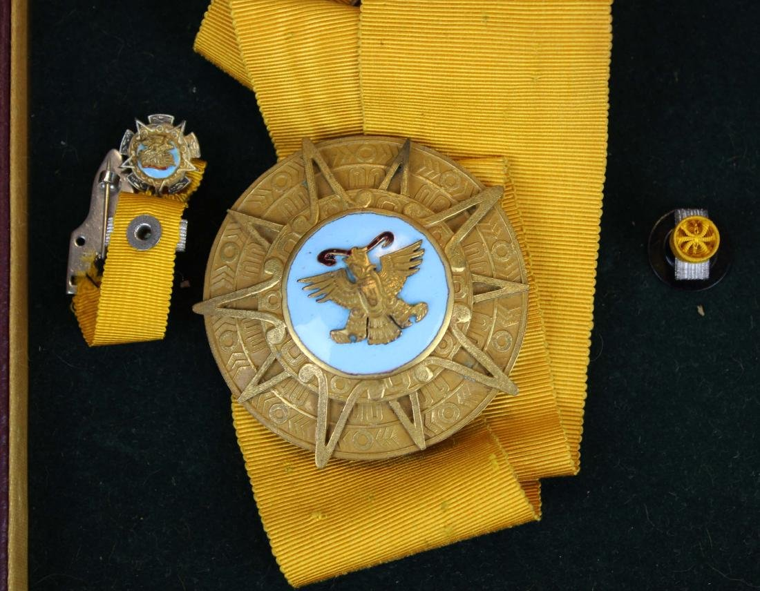 Mary Louise Fordham Latin American medals - 5