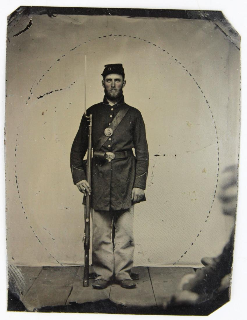 Civil War tintype of a Union soldier