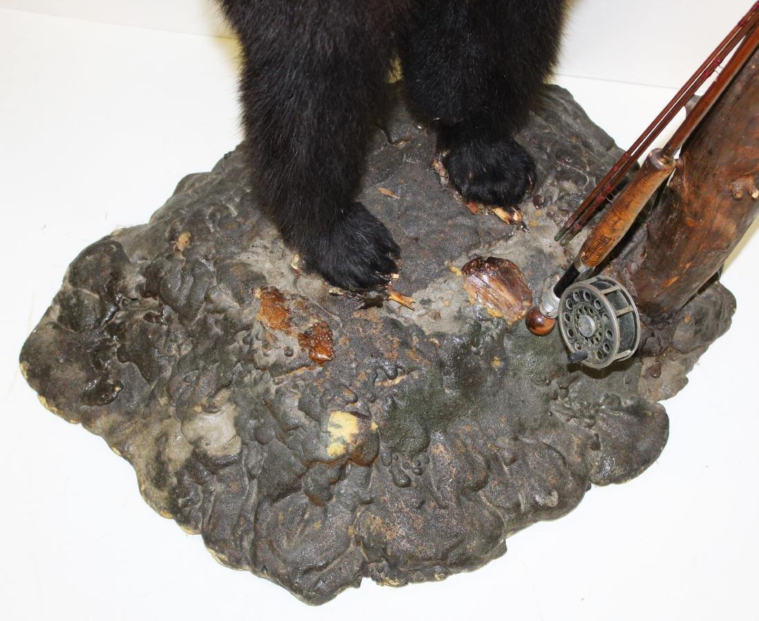 Standing bear taxidermy floor lamp - 3