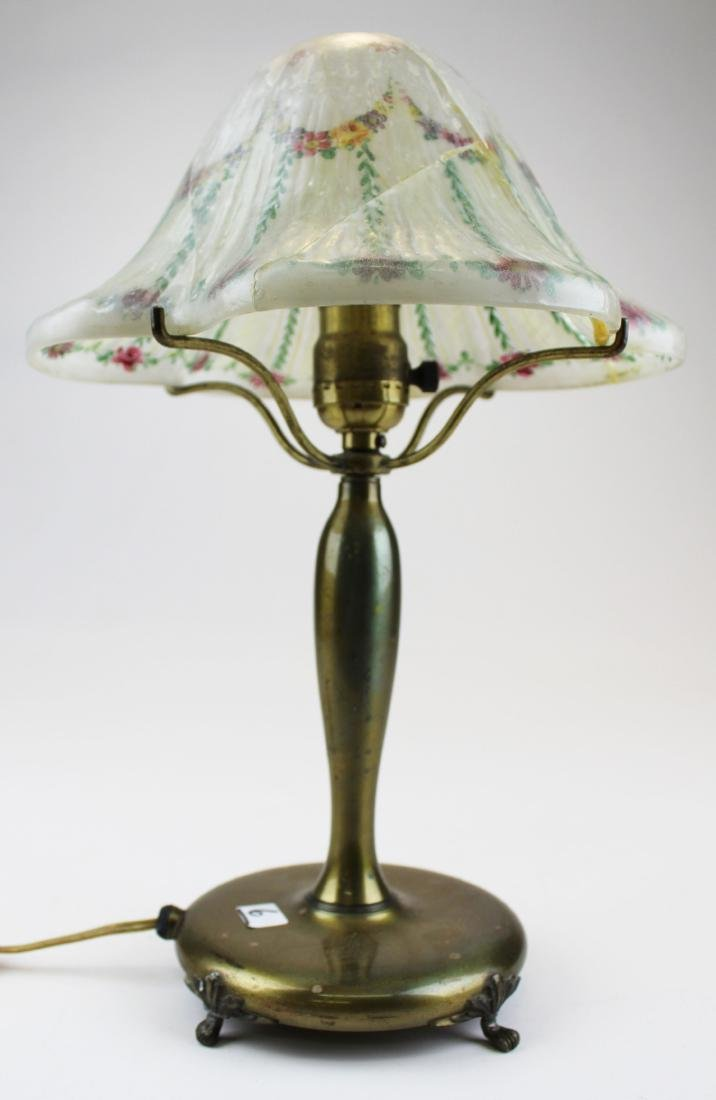 Pairpoint boudoir lamp with cracked shade