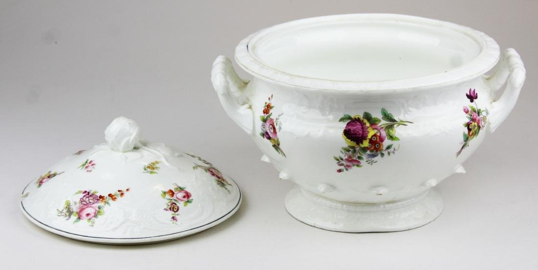 English Swansea porcelain tureen and platter - 6