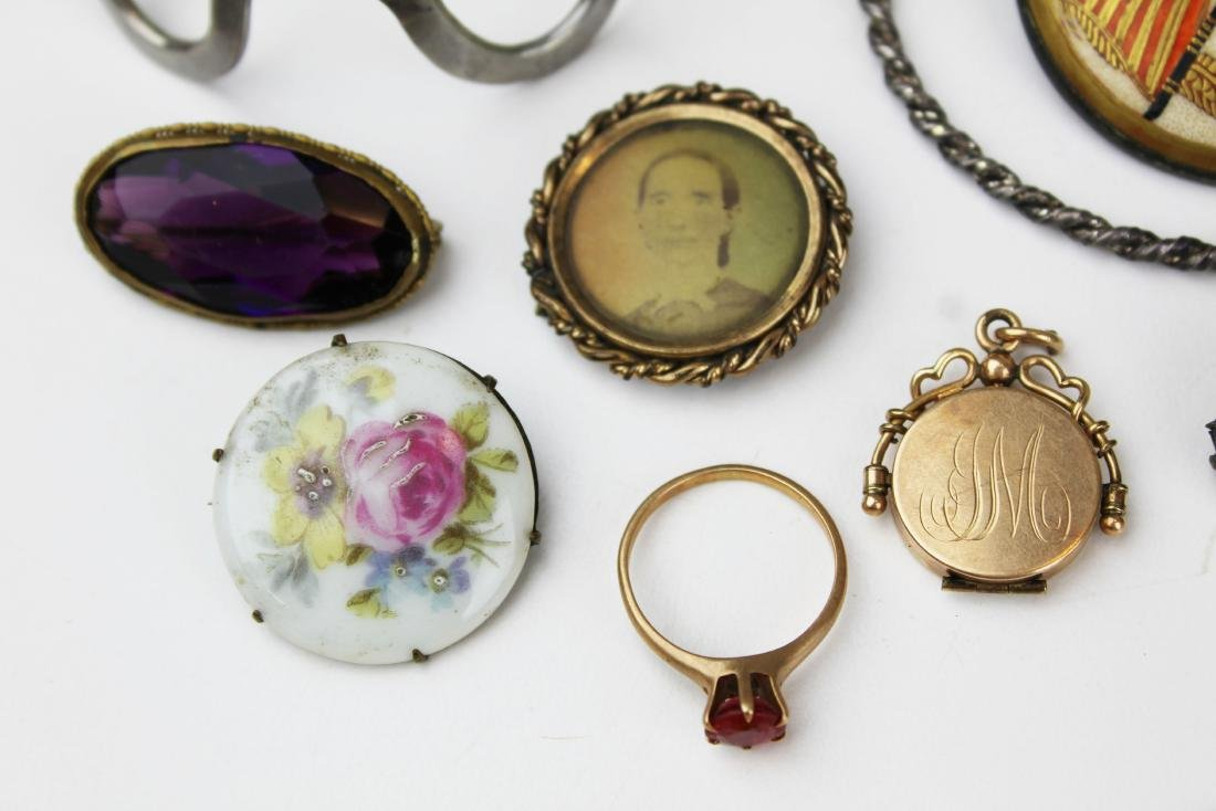 Victorian and costume jewelry - 2