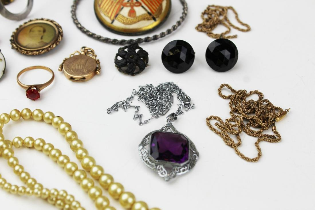 Victorian and costume jewelry - 4