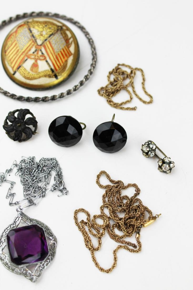Victorian and costume jewelry - 6