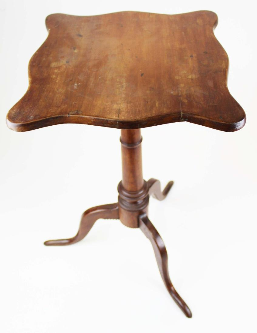 18th c. Queen Anne cherry and walnut candlestand