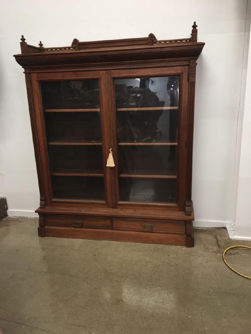 Victorian Eastlake mahogany 2 door bookcase - 2