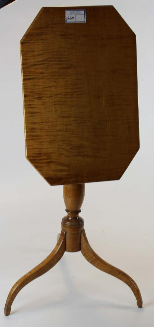 Tiger maple Hepplewhite candle stand