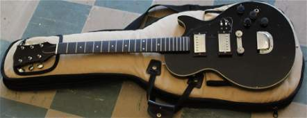 unmarked LP style guitar