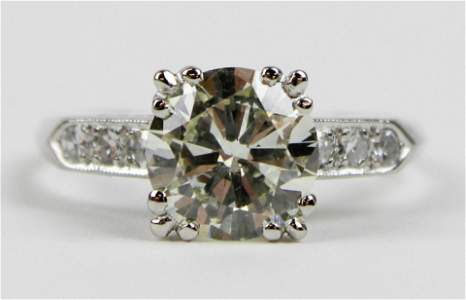 1.82 ct diamond & platinum engagement ring