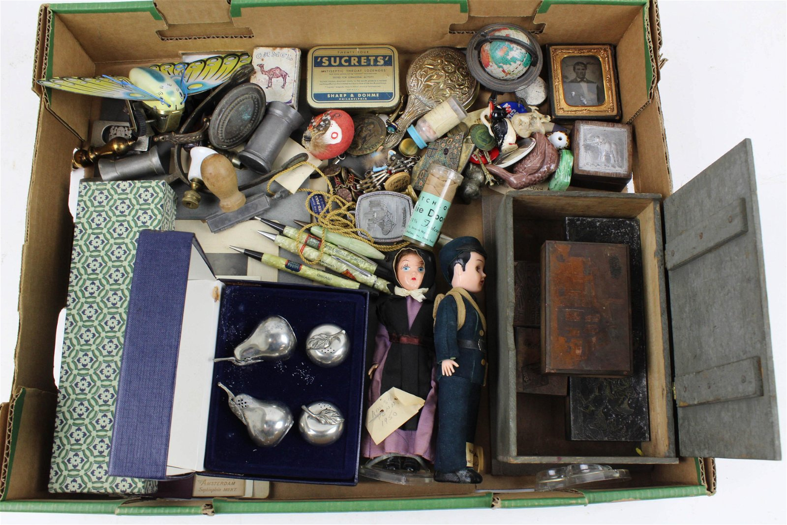 Lot of Assorted Small Accessories and Ephemera