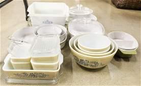 18 pcs. Corningware and Pyrex Kitchenware