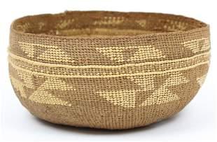 Early 20th c Hupa Basket