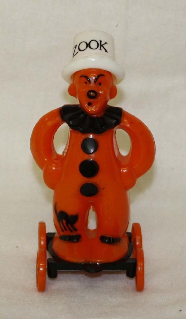 "1: Rosbro ""Zook"" Halloween clown figure on wheels"