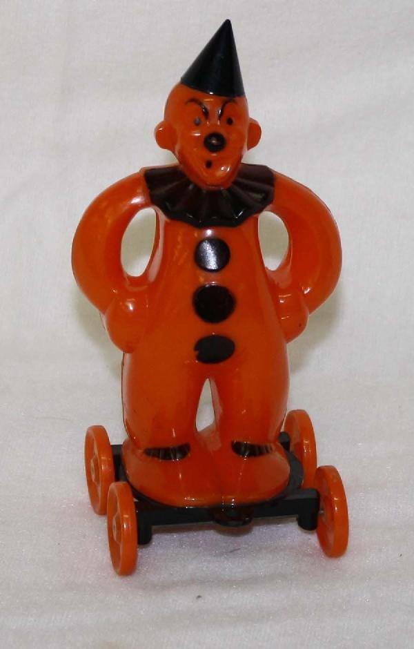 4: Rosbro Halloween clown on wheels