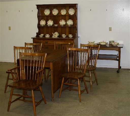 60 Leopold Stickley Cherry Valley Dining Room Set Incl