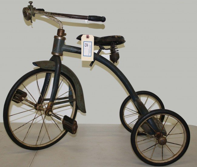 15: Streamliner tricycle