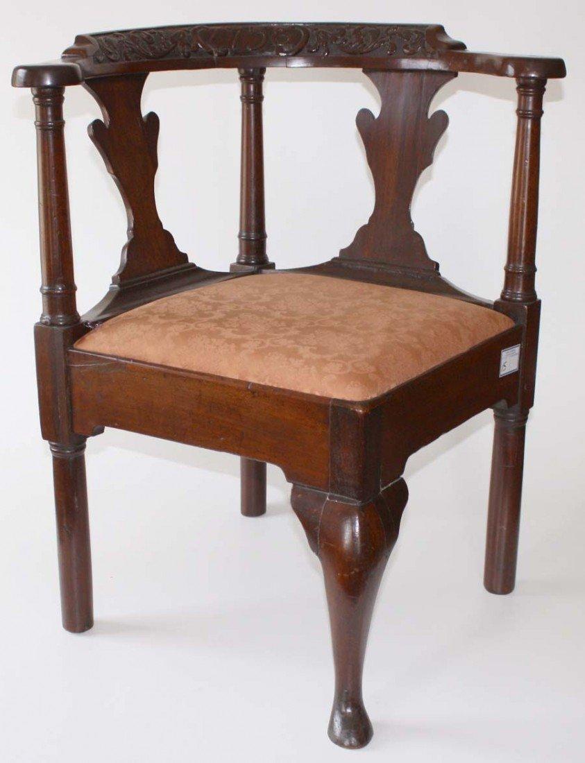 18th century Queen Anne corner chair