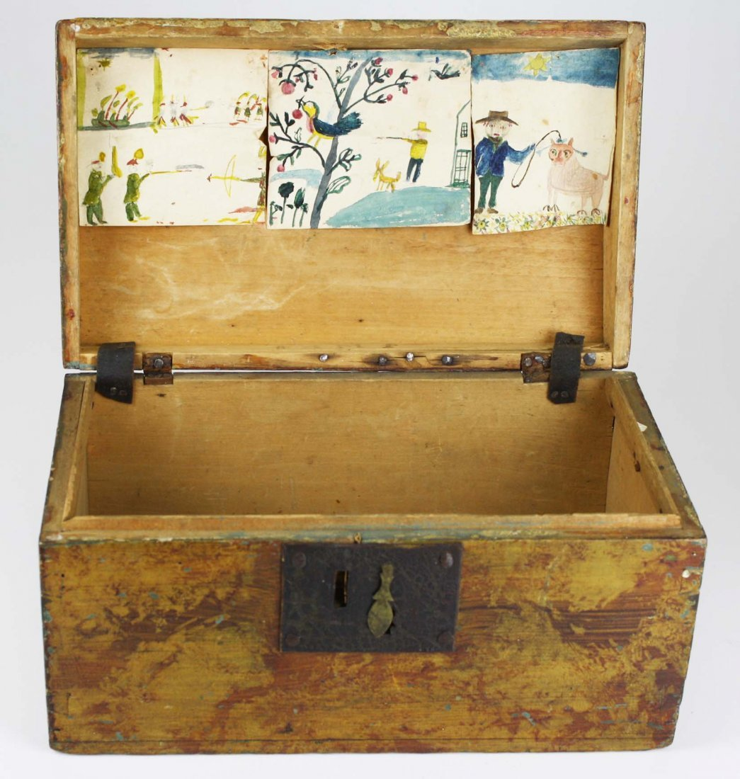 early 19th c dome top box w/ sponge painted decoration,