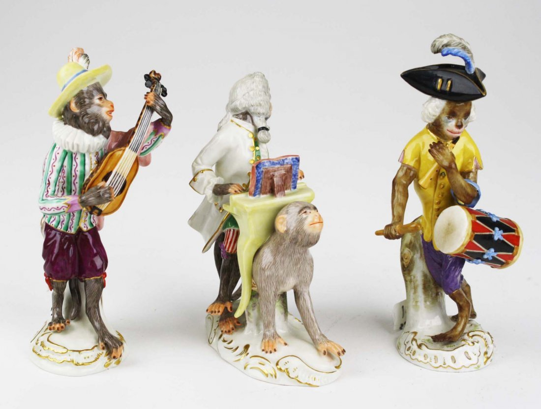 Three 19th c. Meissen porcelain monkey musician - 2