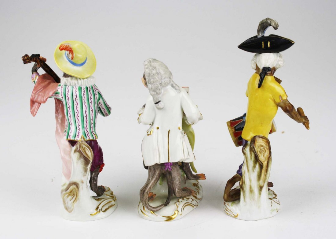 Three 19th c. Meissen porcelain monkey musician - 4