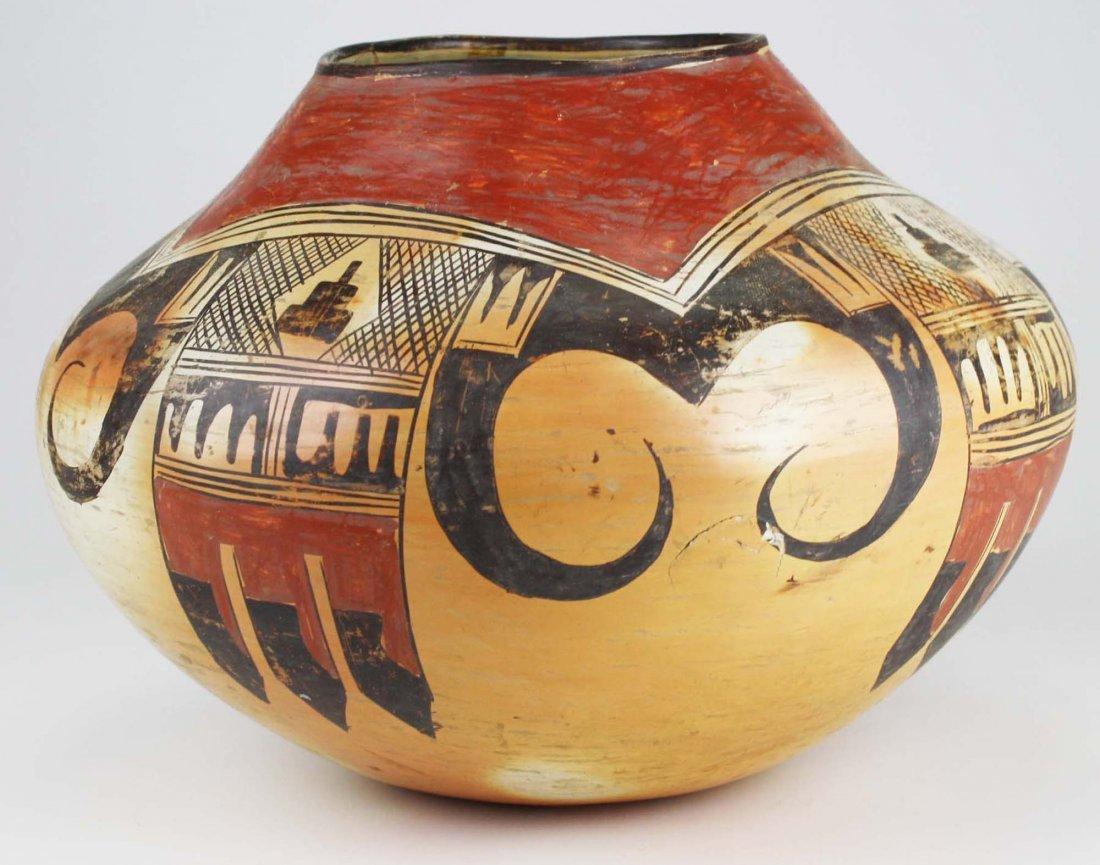 early 20th c Hopi or Zuni Pueblo three color olla - 2