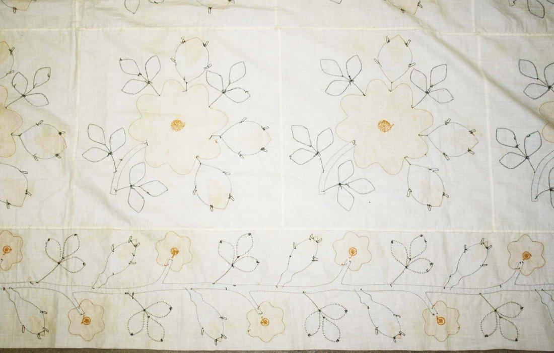 mid 19th c applique quilt top, flower & vine pattern, - 7