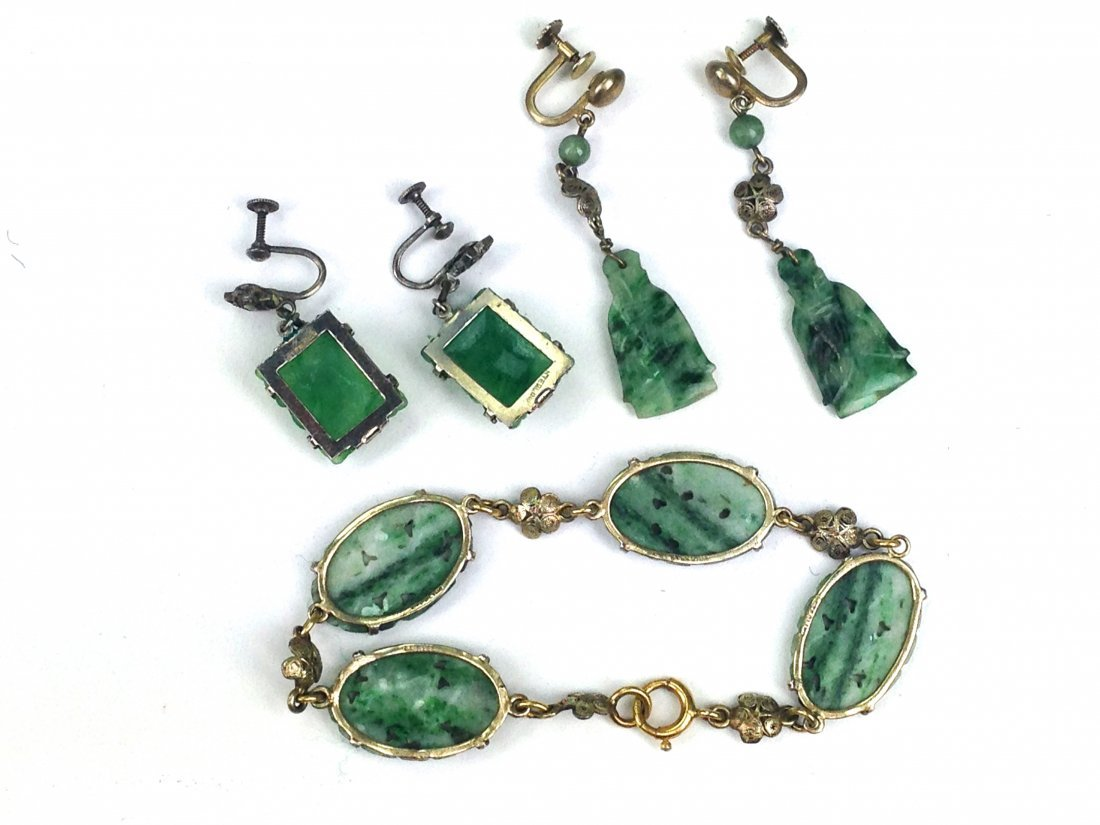 lot of assorted ca. 1900 Chinese spinach jade jewelry - 2