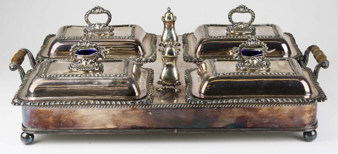 Wonderful silver-plate warming tray with 4 covered