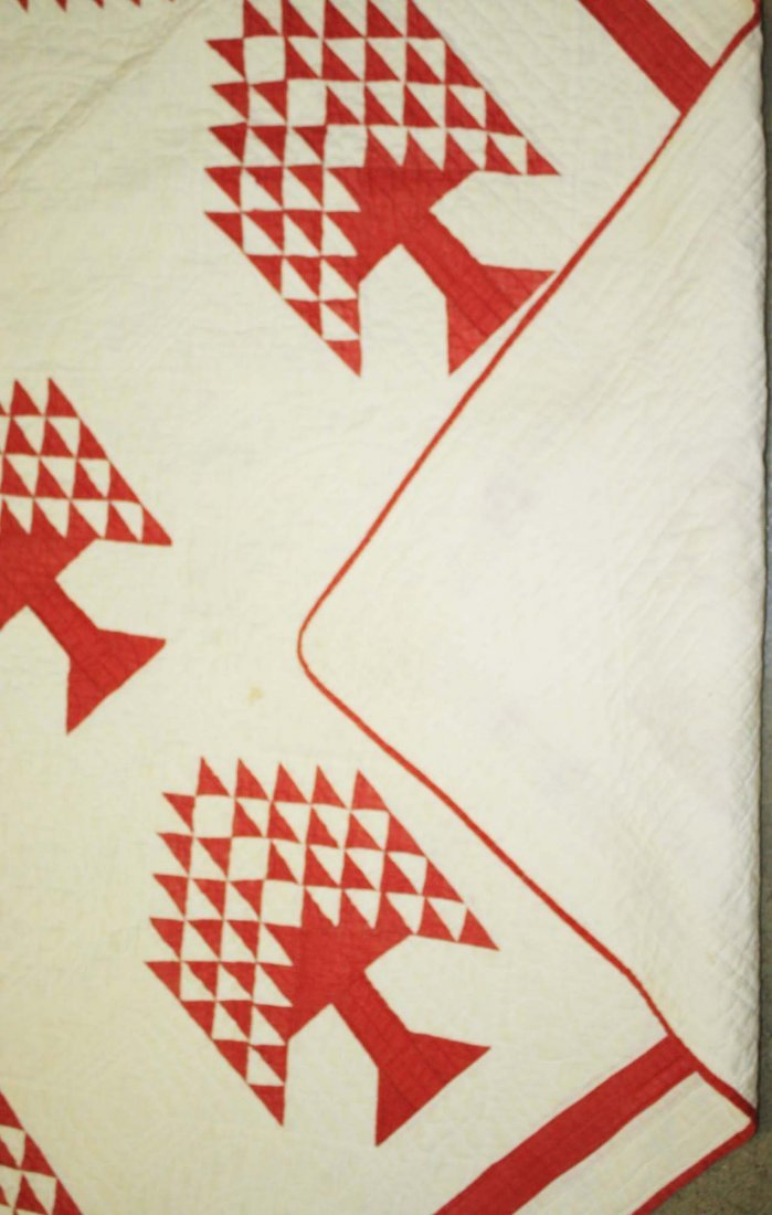 "late 19th c pine tree pattern quilt, red & white, 7' 1"" - 2"