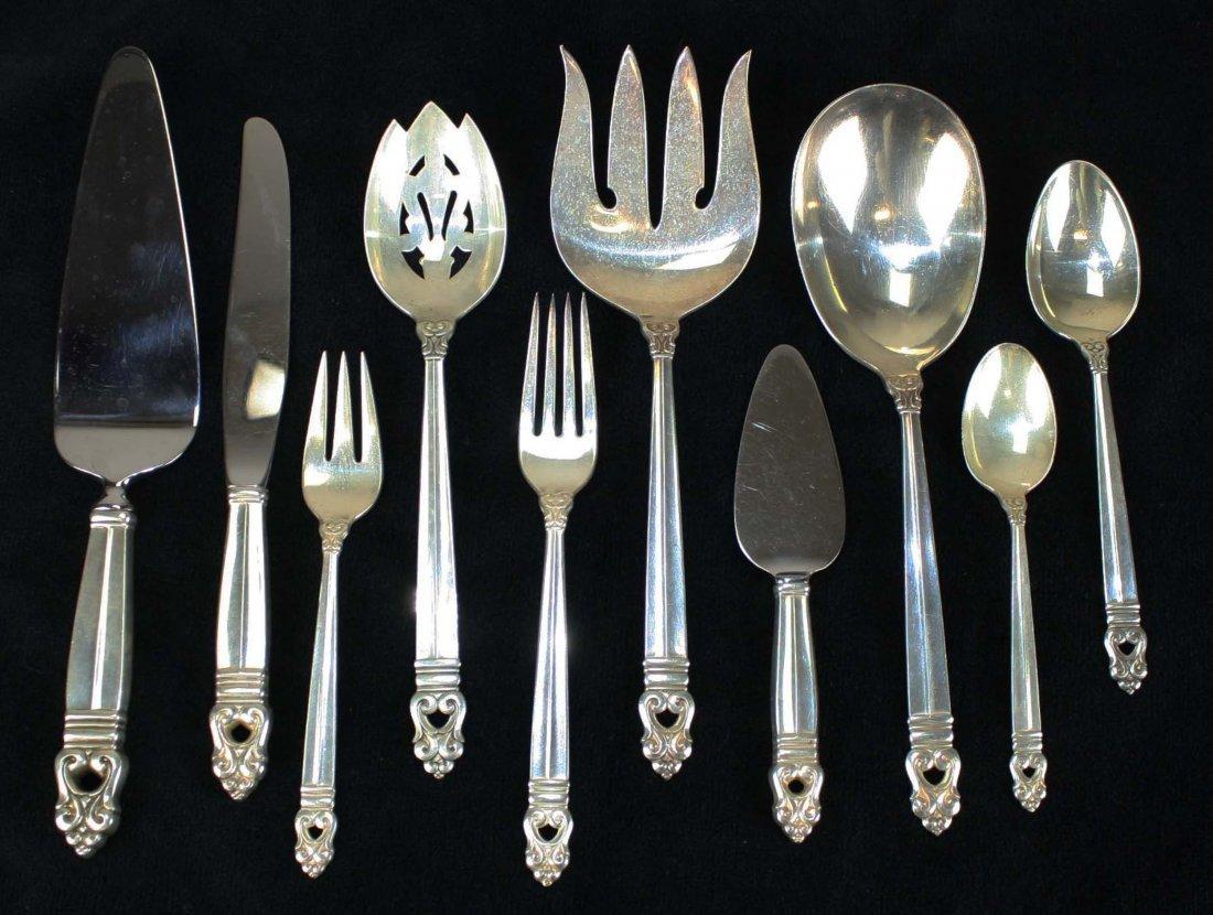 "77 pcs International Silver Co. ""Royal Danish"" mid"