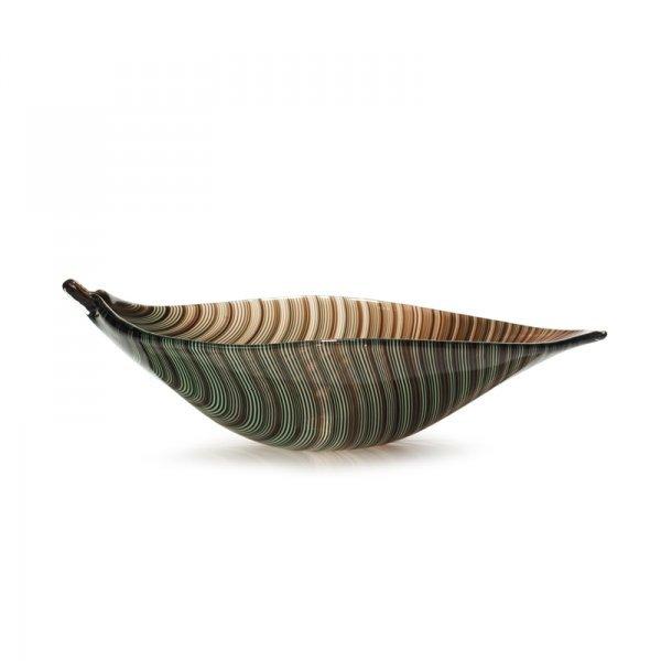 635: Tyra Lundgren Filigrana leaf bowl, model 2642