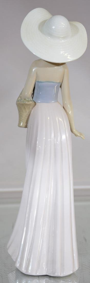 Lladro Figure of Lady with Hat - 2