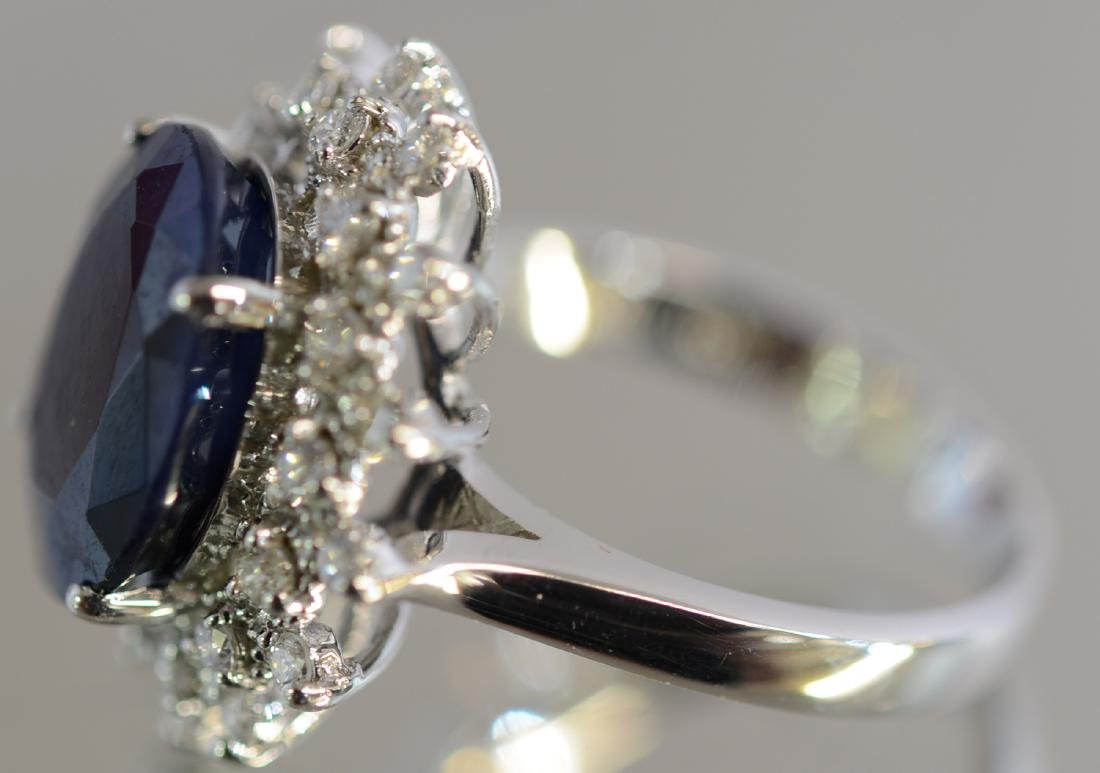 Ladies 14K Gold Saphire & Diamond Dinner Ring - 2