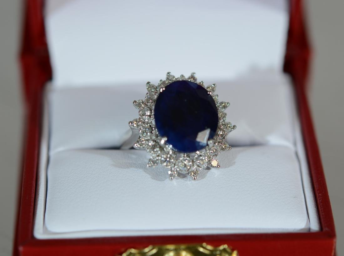 Ladies 14K Gold Saphire & Diamond Dinner Ring - 5