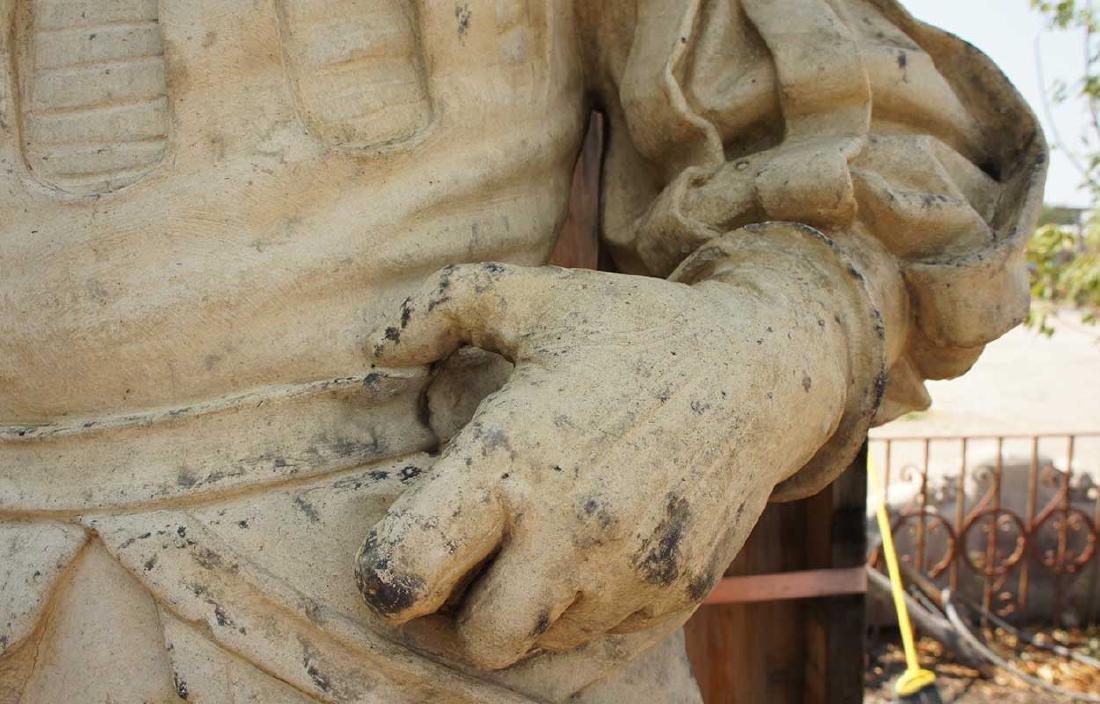 Important Pair ALEXANDER CALANDRELLI Lansquenet Statues - 5