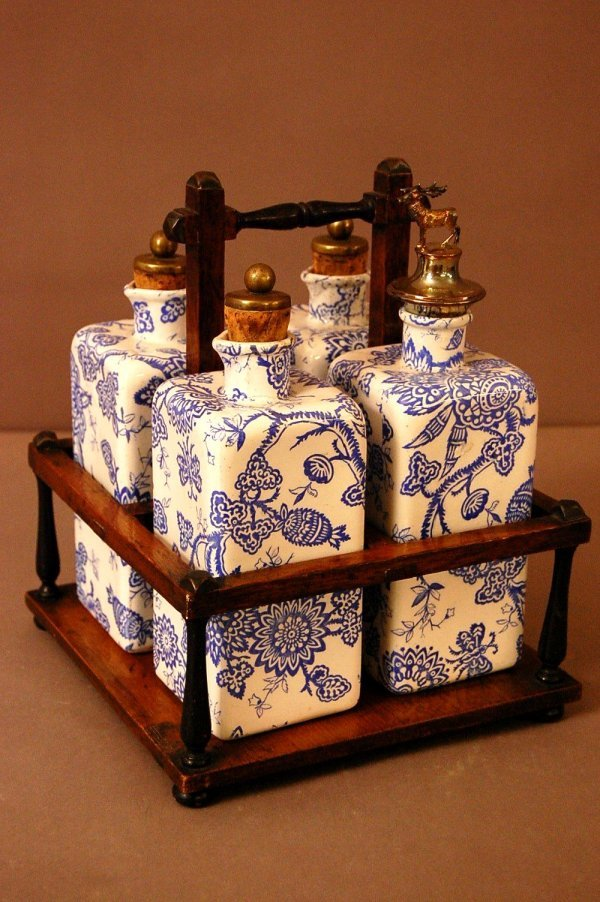 24: Early Blue Transfer Decanter Set