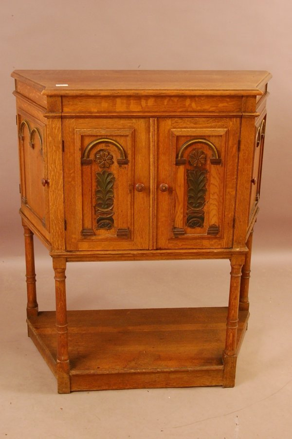216: William & Mary Style Oak Phonograph cabinet