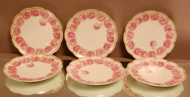 9: Set of 6 Haviland Floral Decorated Plates.  Signed o