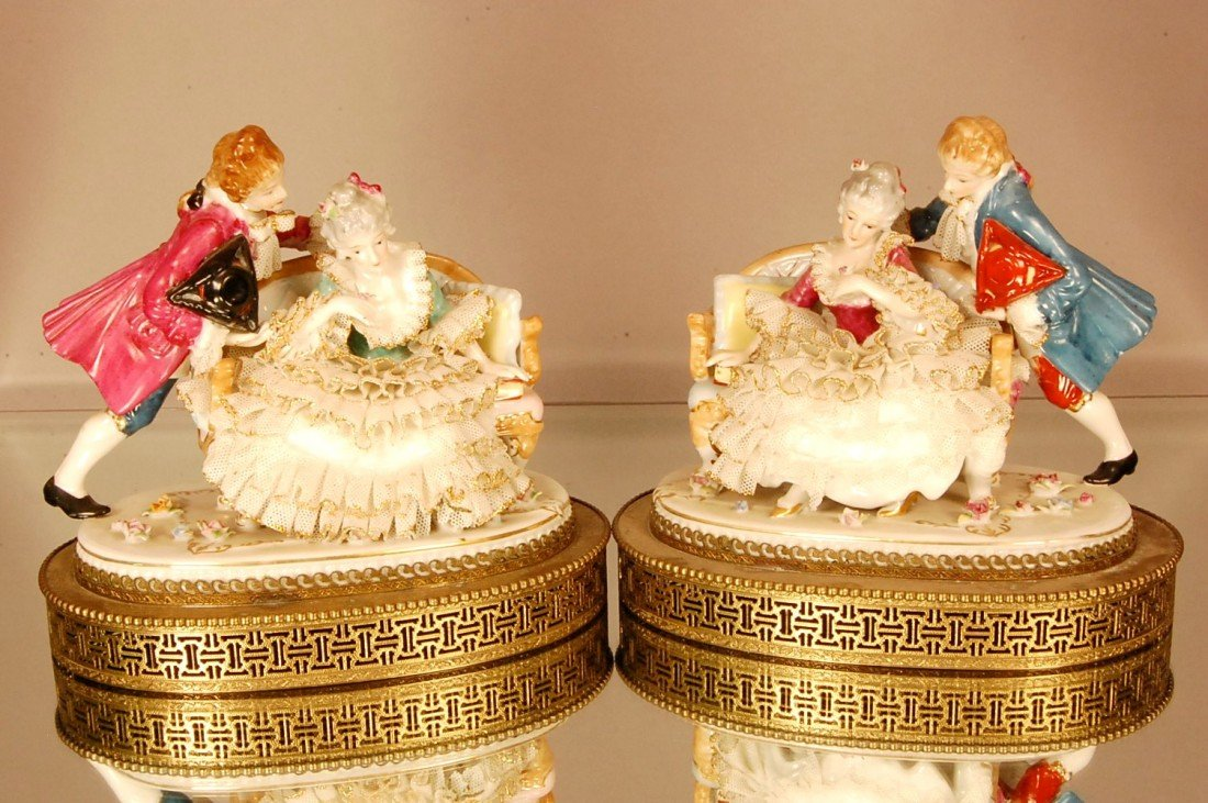 16: 2 Dresden style statues mounted on brass bases.  Lo