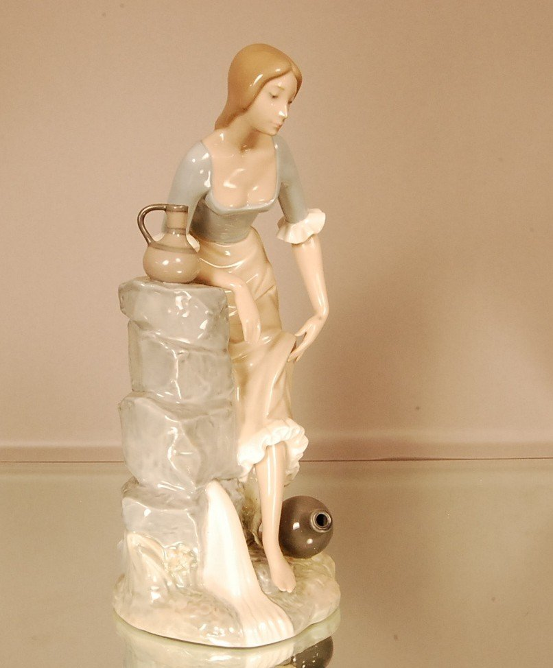 """18: NAO Porcelain statue of woman & fountain.  13"""" t x"""