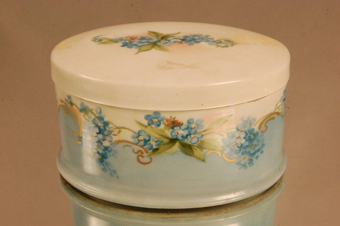 23: Bavarian Porcelain Dresser Box