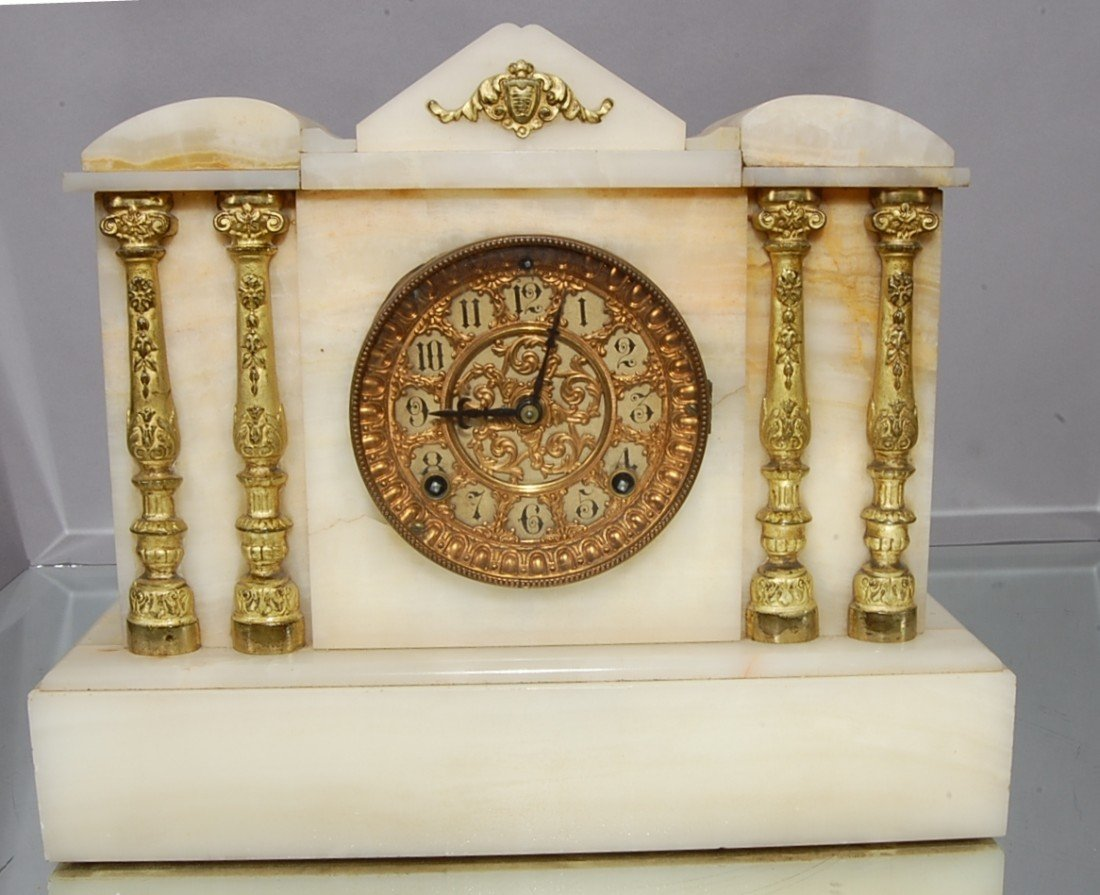 4: Ansonia 4 Column mantle clock.