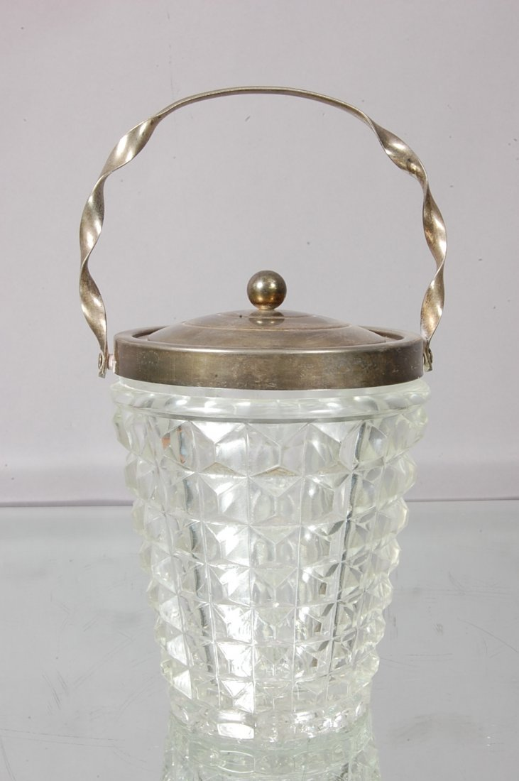 22: English Biscuit Jar.