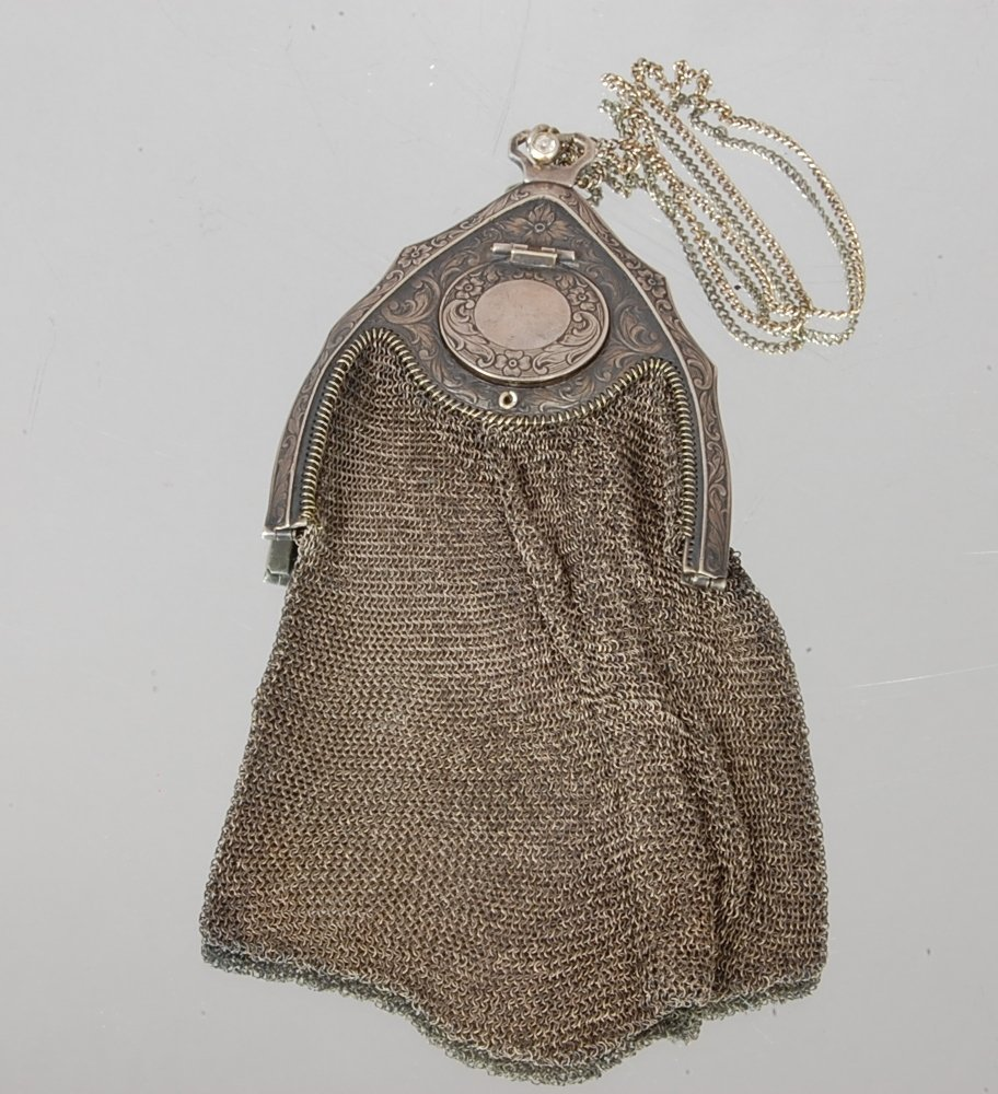 69: Ladies Victorian style Mesh Evening Bag