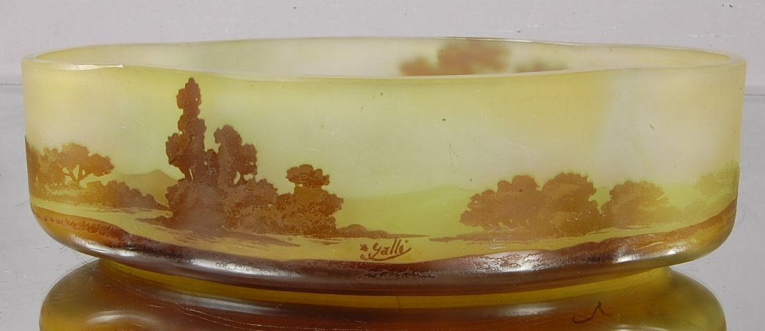 12: Emile Galle´ Cameo Stye French Art Glass Bowl