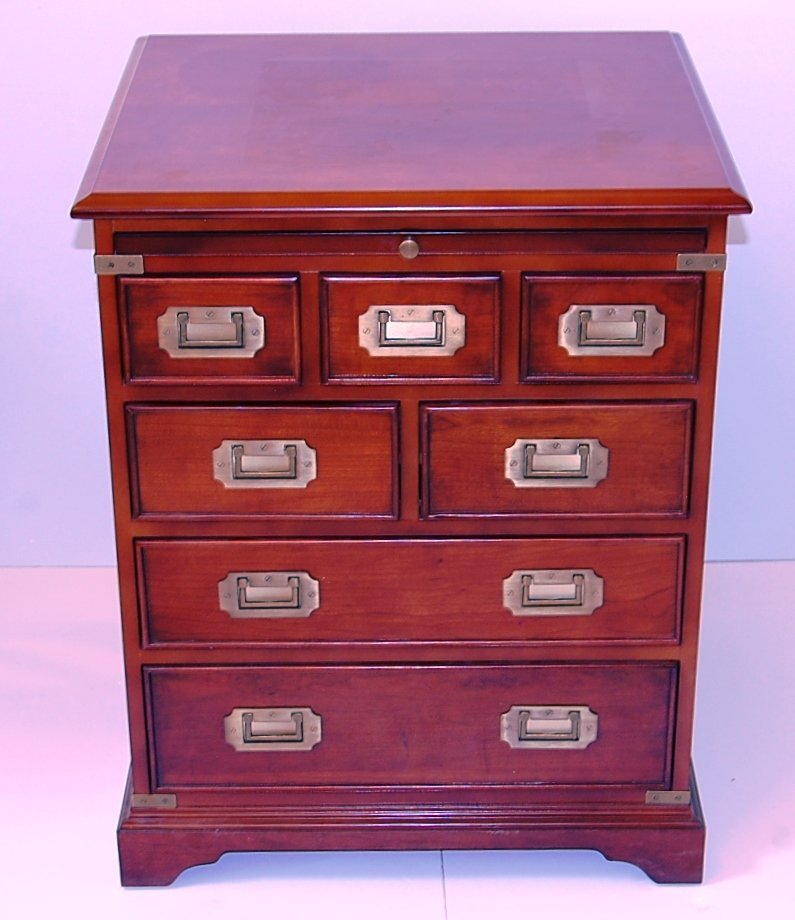 Side cabinet with 7 drawers