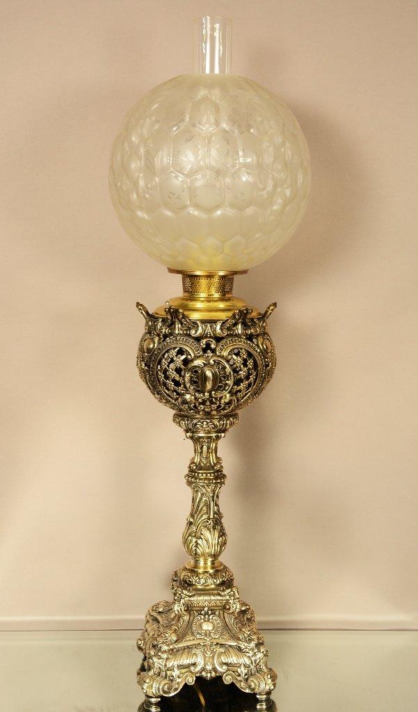 """Fostovia"" Victorian Banquet Lamp"