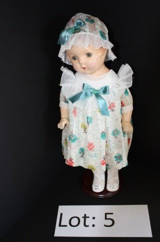 "5: 19"" Vintage Composition Doll"