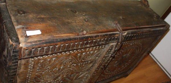 16: 18th C. Spanish Colonial Coffer Iron Latch & Chain